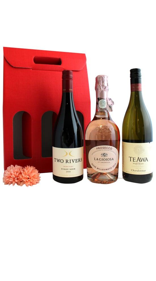 The 'Wine a little, laugh a lot' Pack